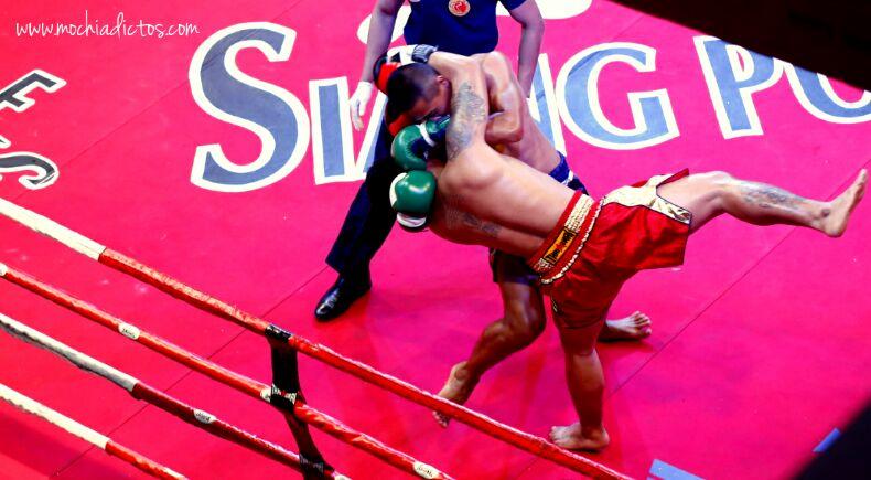 Dia 3. Templos, budas, combate de Muay Thai y China Town hasta en la sopa.