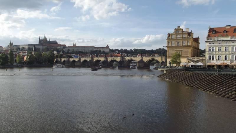 Castillo y Puente de Carlos IV - 35 mejores cosas que ver y hacer en Praga