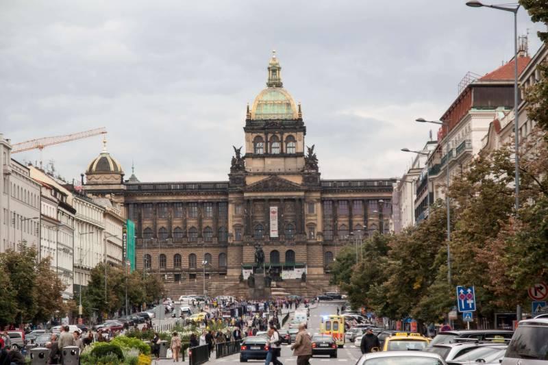 Museo Nacional - 35 mejores cosas que ver y hacer en Praga