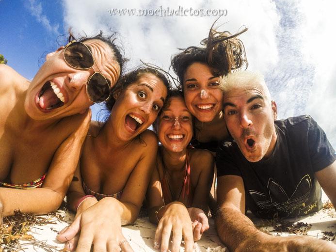 Divirtiendonos en Playa Juanilo