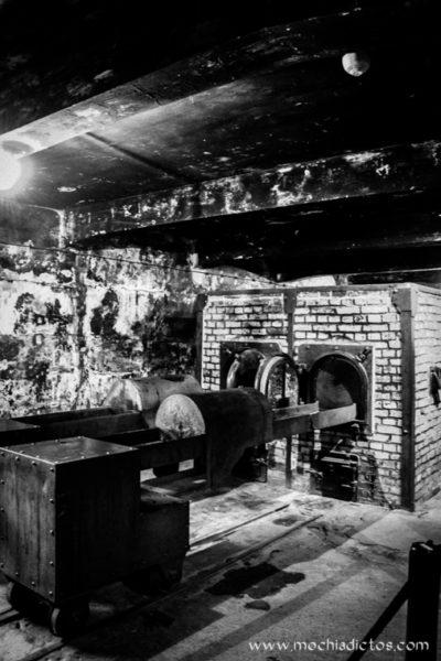 Crematorio Auschwitz mochiadictos