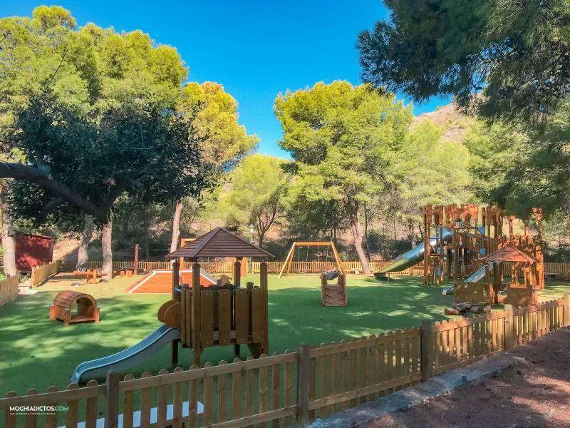 Parque infantil cuevas de nerja