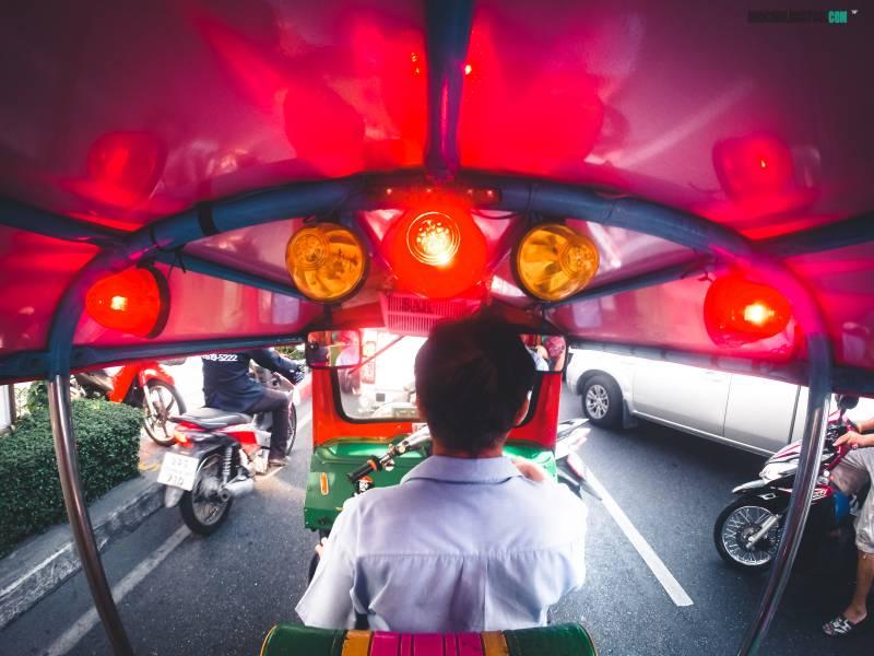 Que hacer en Tailandia, transporte, tuk tuk