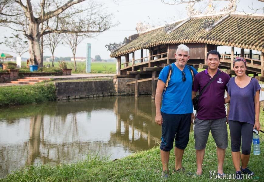 Con Andy, gerente del Tigon Hostel