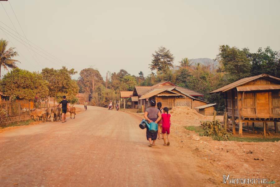 Que ver y que hacer en Vang Vien. www.Mochiadictos.com-6