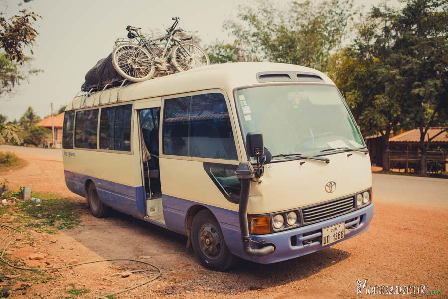 Mini Bus de Vang Vieng a Vientiane
