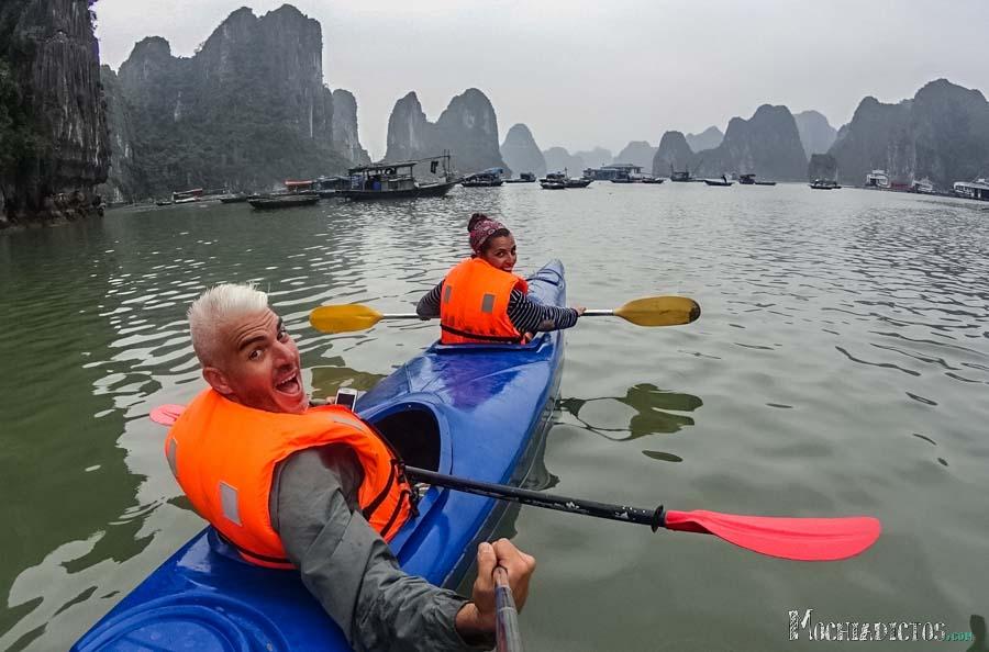 Que ver y que hacer en Vietnam,Halong Bay. www.mochiadictos.com-13
