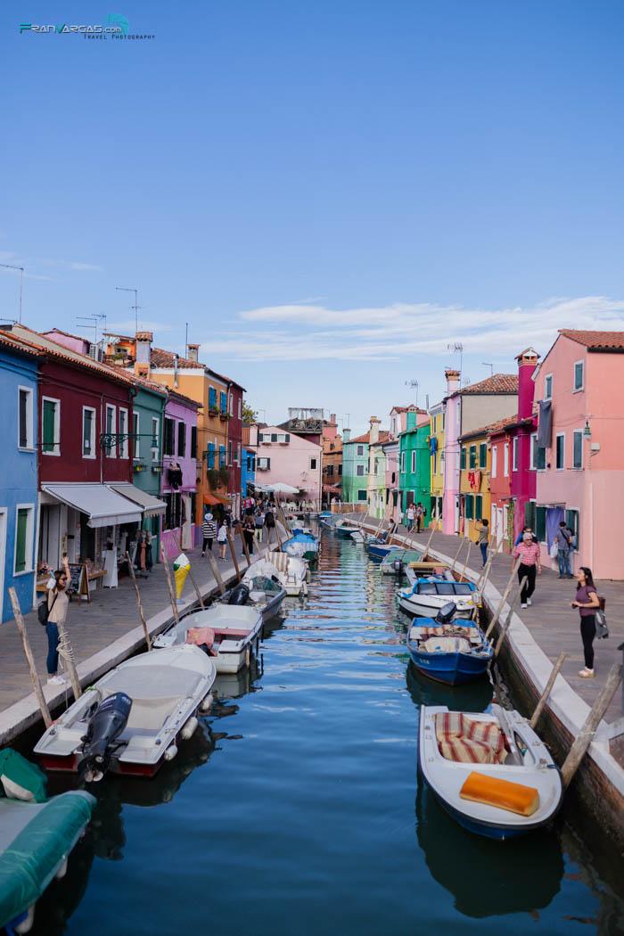 Me encantó Burano y sus casa de mil colores :)