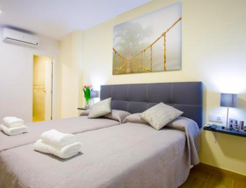 Donde alojarse en Nerja: Mejores zonas y hoteles [Guía completa]