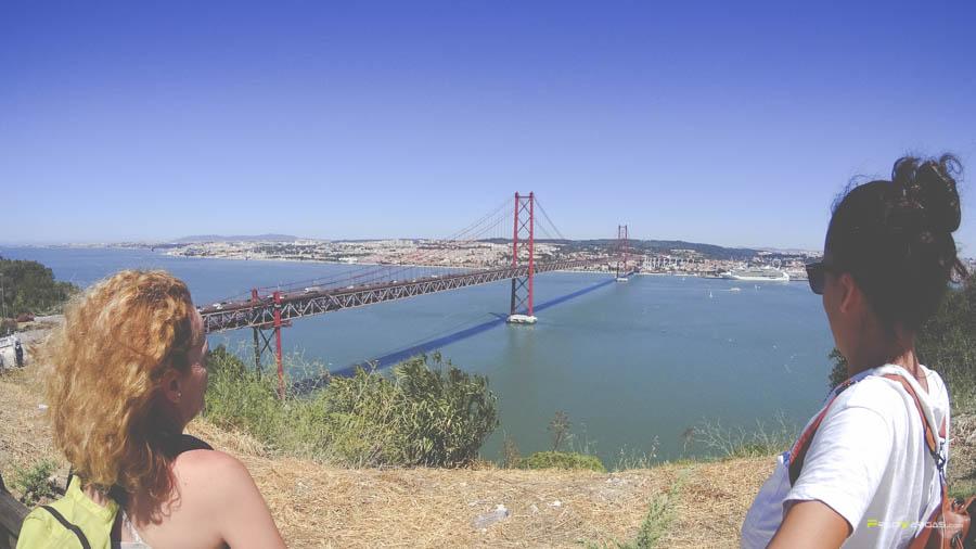 Vistas desde el Cristo al puente 25 de Abril